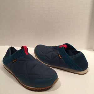 Teva Ember Moc Deep Blue Sleep Bag Slipper Shoe